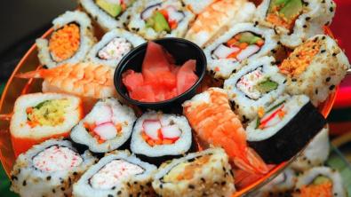 4 причины заказать суши на ужин