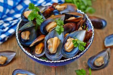 Мидии для суши и роллов: полезные свойства для организма