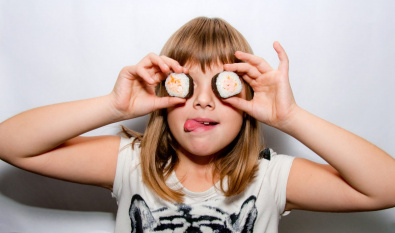 Можно ли детям суши и роллы?